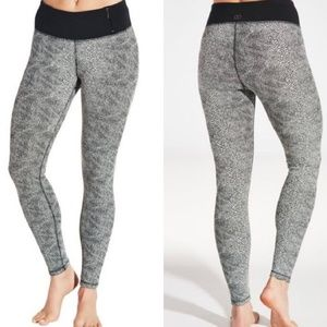 CALIA by Carrie Underwood. Leggings. Size Small.
